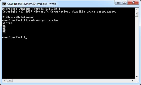 Sprawdzenie statusu dysków za pomocą konsoli.